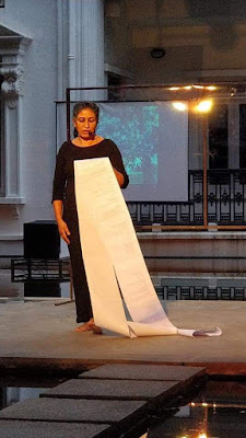 In Silence the Secret Speaks by Seema Kohli, narrative performance, Bangalore, writer Anjana Chandak for Art Scene India, Images courtesy writer