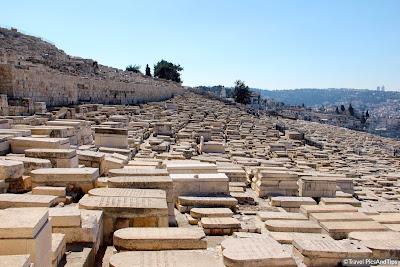 Le cimetière du mont des oliviers à Jérusalem