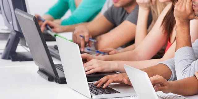 أفضل 5 مواقع على الإنترنت لشراء وبيع أجهزة الكمبيوتر المحمولة المستعملة!