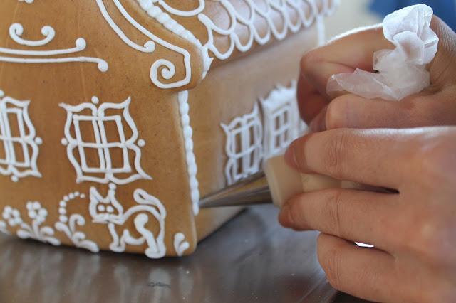 mézeskalács ház írókázása