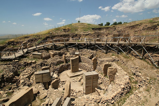An overview of the Gobekli Tepe excavation site.
