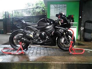 JURAGAN MOGE JAKARTA : Dijual Suzuki Gsx750R - JAKARTA