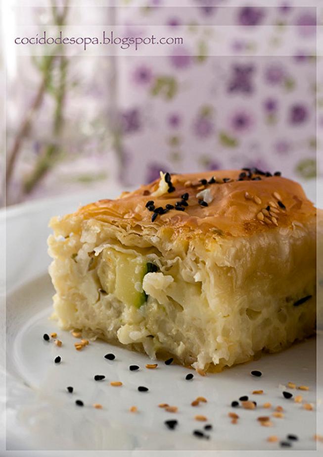 pastel-griego-de-calabacin-y-arroz