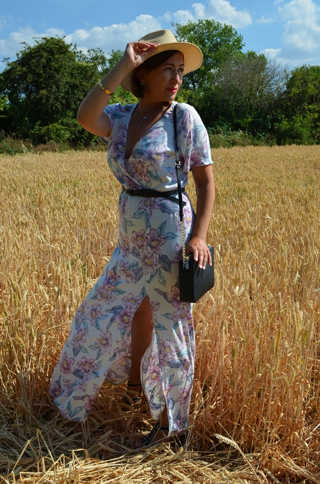 Adriana Style Blog, blog modowy Puławy, Fashion, Fashion Blog, Maxi Dress, moda, Outfit of the Day, Stylizacja, Sukienka Maxi, Sukienka w kwiaty, Flowery Dress, Wedges, Koturny, Kapelusz, Hat