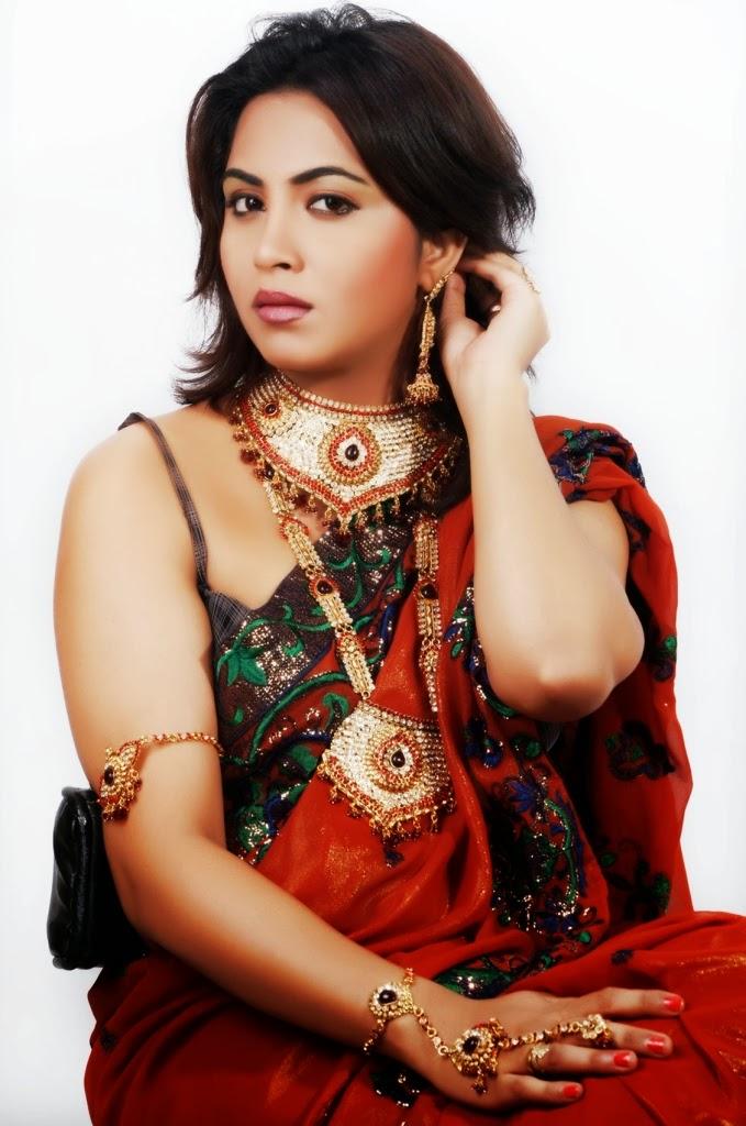 Hot Images Sunny Leone Naked Gif