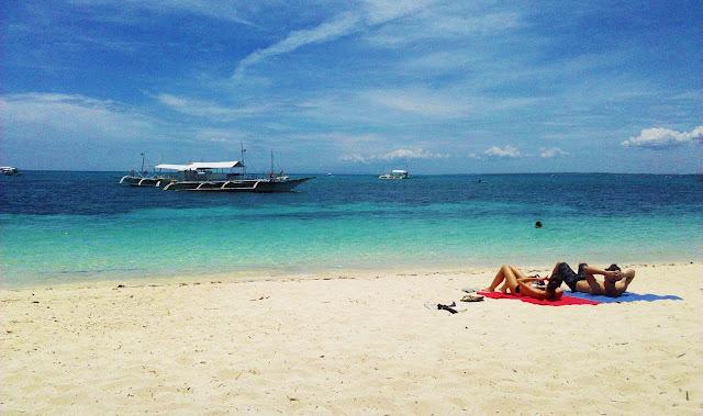 malapascua white beach philippines