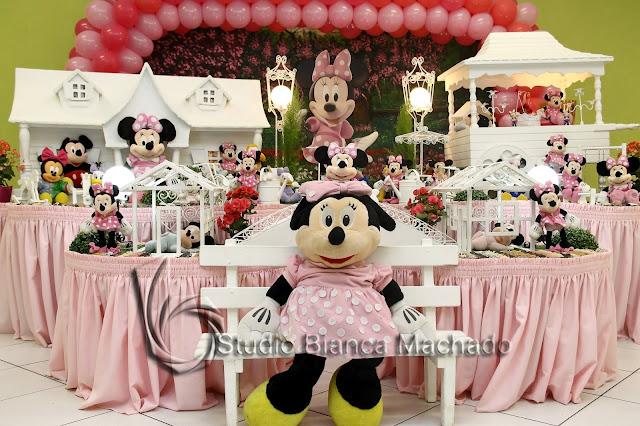mesa de decoração festa infantil