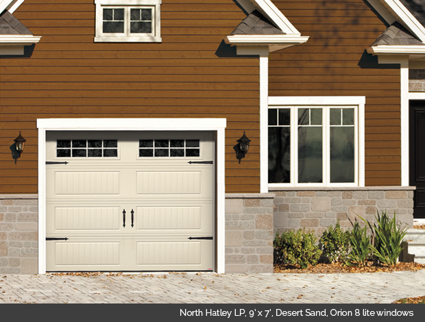 Garaga North Hatley garage door