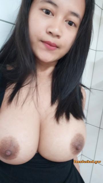 8UNTLOqjs1Q wm - Beautiful big tits amateur chick 2020