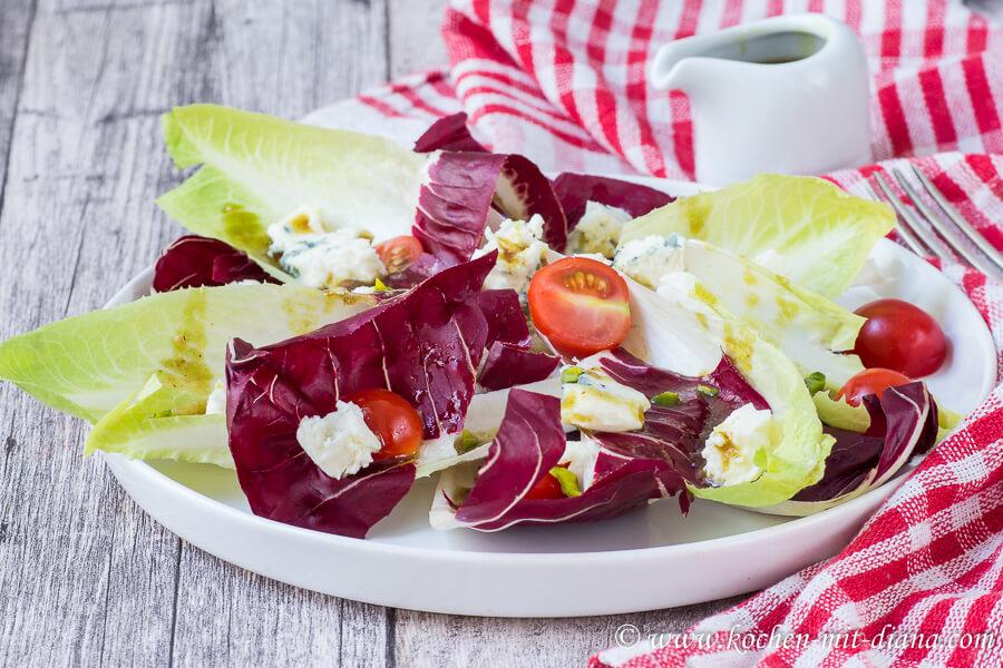 Radicchio Salat mit Blauschimmelkäse