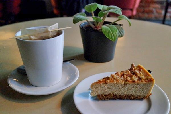 riga café kuuka vieille ville old town