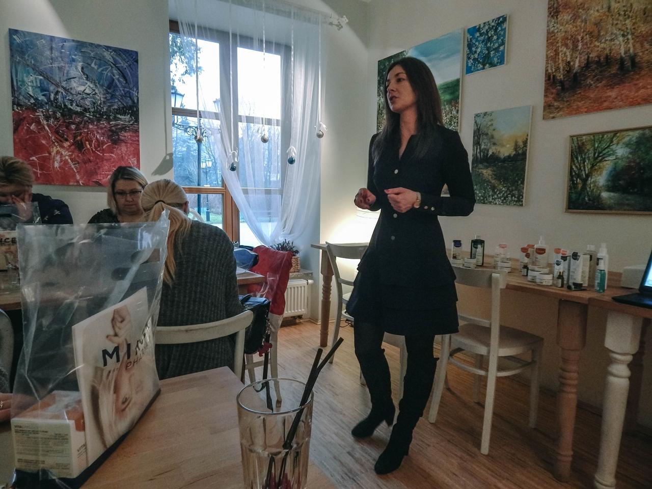 4 spotkanie blogerek mikołajki łódź 2017 akademia urody melodylaniella łódź blog beauty lifestyle fashion moda kulinaria instagram łódź influencer
