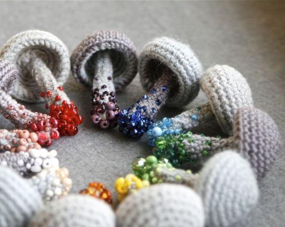 biżuteria szydełkowa
