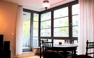 neue unterkunft in berlin ferienwohnung in kreuzberg. Black Bedroom Furniture Sets. Home Design Ideas