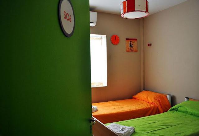 Quarto no Hostel Suites Mendoza, na Argentina