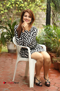 Actress Saloni Latest Pos in Short Dress  0313.JPG