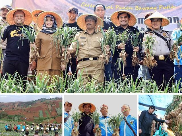 Gungun Gunawan Ajak Masyarakat Cimenyan Hijaukan Lingkungan