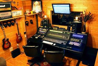 5 Perlengkapan Penting dalam Studio Recording atau Rekaman