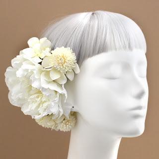 白小菊と芍薬の髪飾り_和装髪飾り&ヘッドドレスairaka