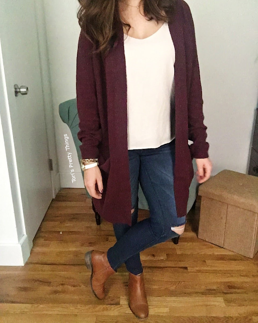 Cardigan, ripped skinny jeans and booties