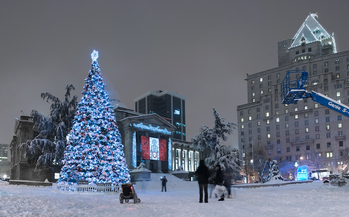 how to celebrate christmas in canada complete guide to christmas in canada - How Does Canada Celebrate Christmas