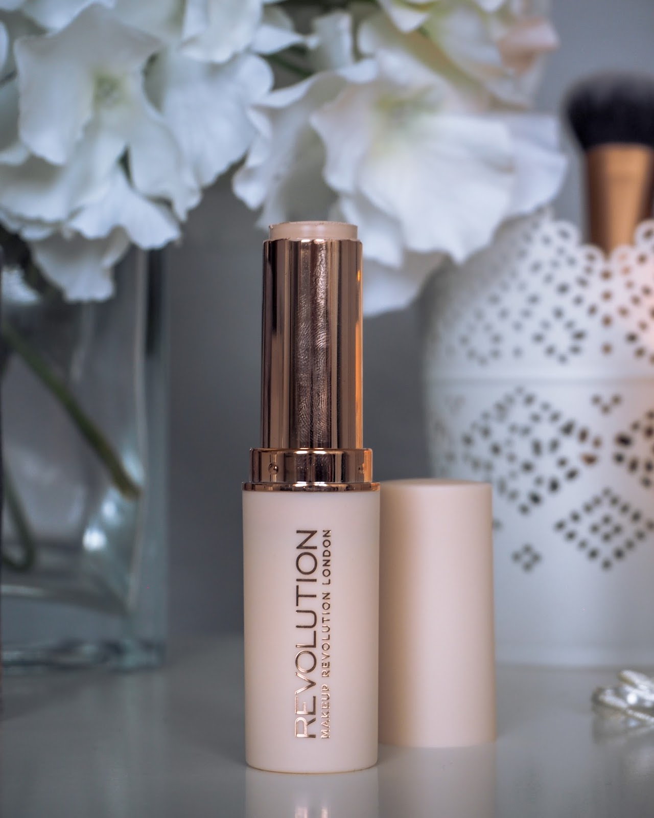 Revolution Fast Base Stick Foundation