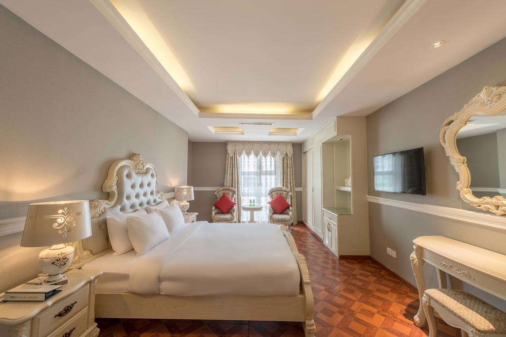 10 khách sạn Sài Gòn gần chợ Bến Thành giá rẻ, đi lại mất 2 phút