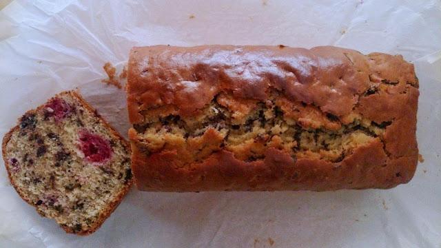 bizcocho panque cake plumcake chocolate negro frambuesas desayuno merienda postre horno sencillo facil esponjoso