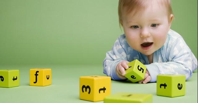 5 Jenis Permainan Bayi Usia 7 hingga 9 Bulan Yang Sangat Cocok