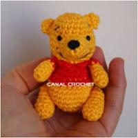 http://amigurumislandia.blogspot.com.ar/2018/10/amigurumi-winnie-poo-canal-crochet.html