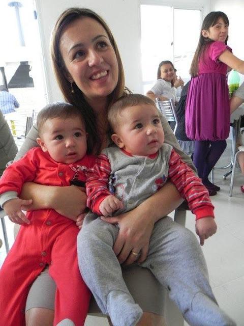 Mãe de gêmeos Andreia Souza conta a sua história