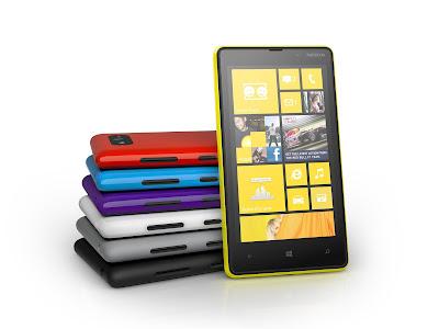Nokia Lumia 820 Mobile Phone Pictures