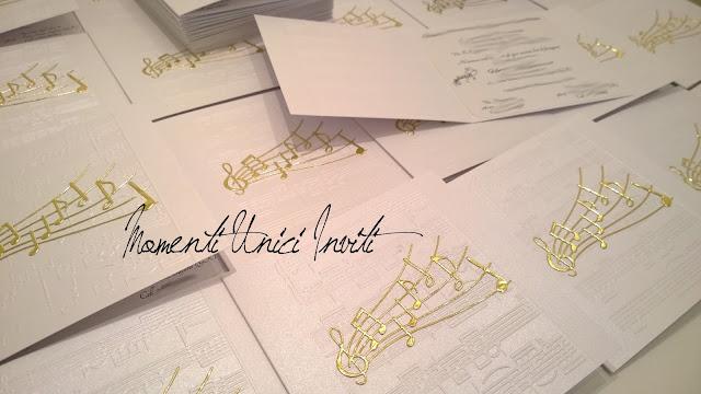 mu Le partecipazioni di Orlando e Azzurra - Mod. Elegance in MusicColore Bianco Colore Oro Tema Musica