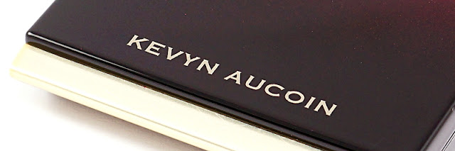 "<span style=""font-size: large;"">The Celestial Powder</span> <br>Kevyn Aucoin Candlelight"