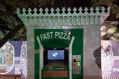 premier distributeur de Pizza a Alger