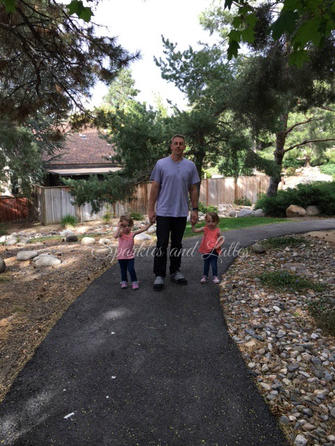 neighborhood walks with toddlers