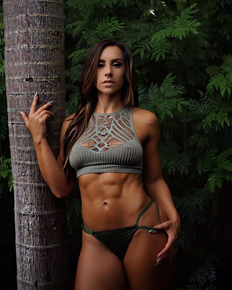 Fitness Model MandyCfit photos