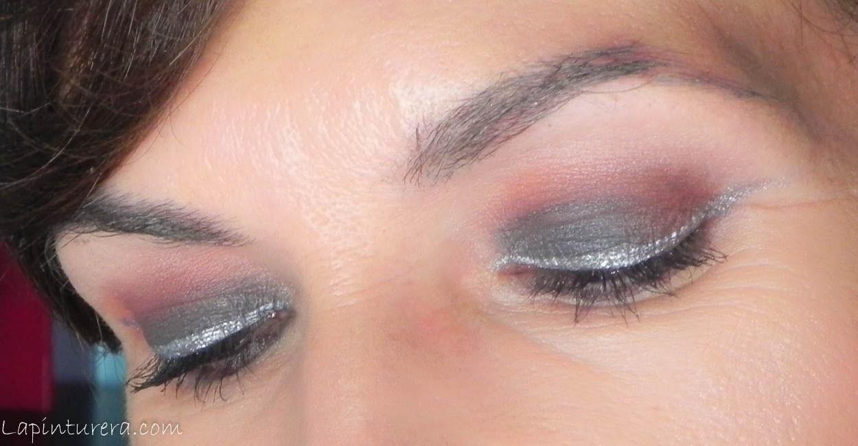 Maquillajes de fiesta con un toque diferente (II): Ahumado negro con ...