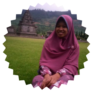 Mengenal Arina Mabruroh, Blogger Bali Penuh Karya