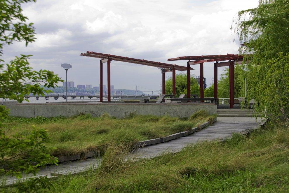 Riverside Park South Architecture