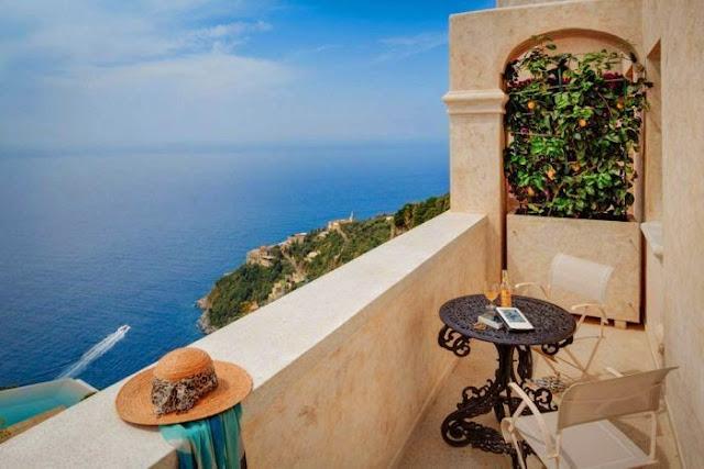 Habitacion con vista al mar en Italia