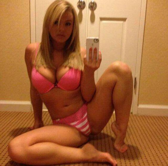 lea thompson naked pussy