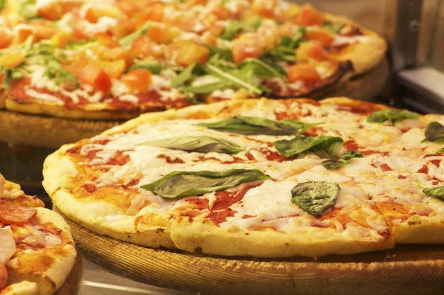 3 أسباب تجعلك تعشق أكل البيتزا