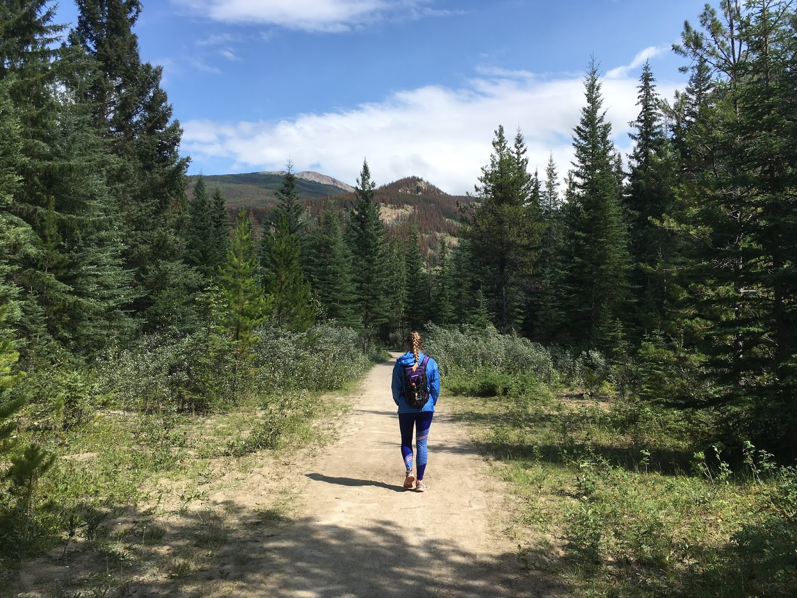 Hiking in Jasper | Tips for Your Trip to Banff | Banff Itinerary | What to Know Before you go to Banff  | lessons learned from our trip banff | a memory of us