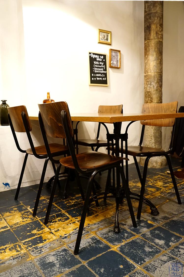 Le Chameau Bleu - Salle du restaurant mémé Gusta à Gent