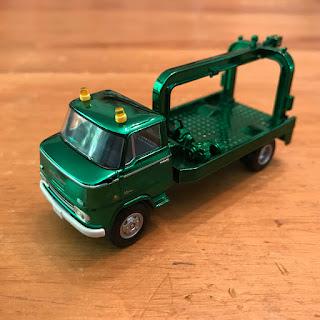 Tomica Limited Vintage Green Chrome Nissan