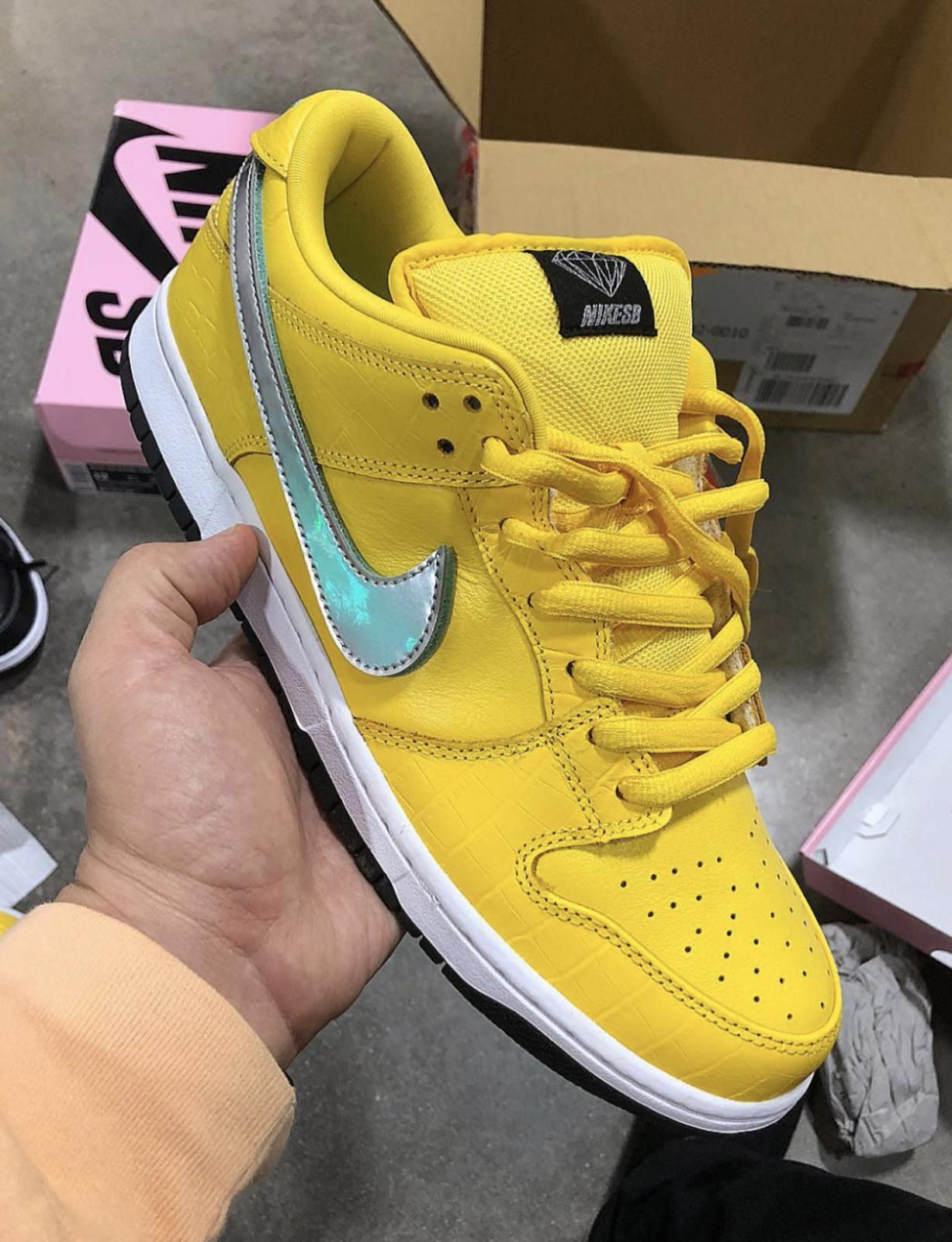 official photos a1bc3 4e15a Diamond Supply Co. x Nike SB Dunk Low