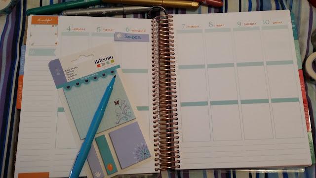 http://heartsandwingsbyshireece.blogspot.com/2016/01/ma-routine-planner.html