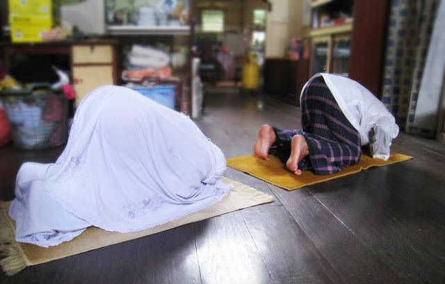 Wanita Muslimah, Pegang Erat 4 Hal Berikut Ini, Dan Surga Akan Ada Di Hadapanmu