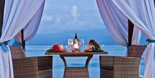 http://www.lomboksociety.web.id/2016/02/4-hotel-rekomendasi-untuk-honeymoon-di.html